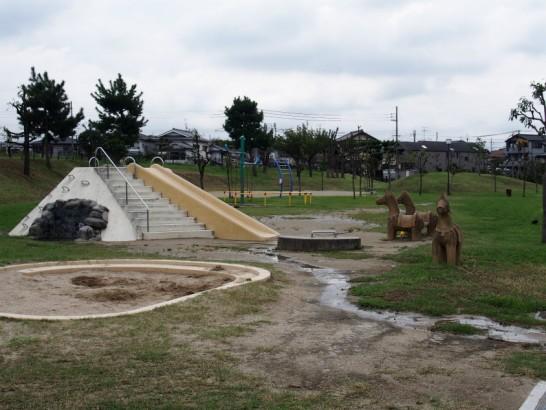 ニサンザイ古墳の公園